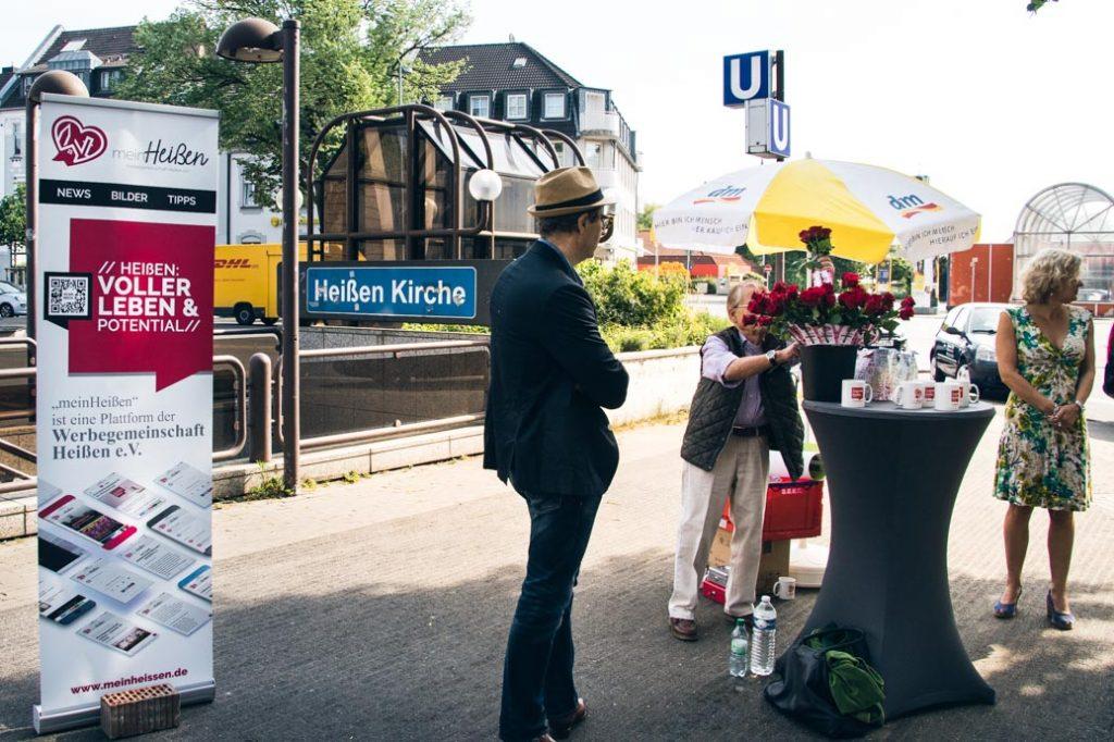 Werbegemeinschaft Heißen auf dem Marktplatz in Heißen Muttertag